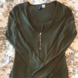 Olive green long sleeved crop top